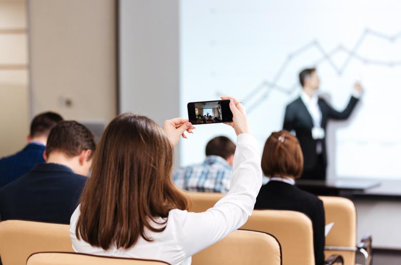 Nouvelles activités et rôle du formateur en digital learning